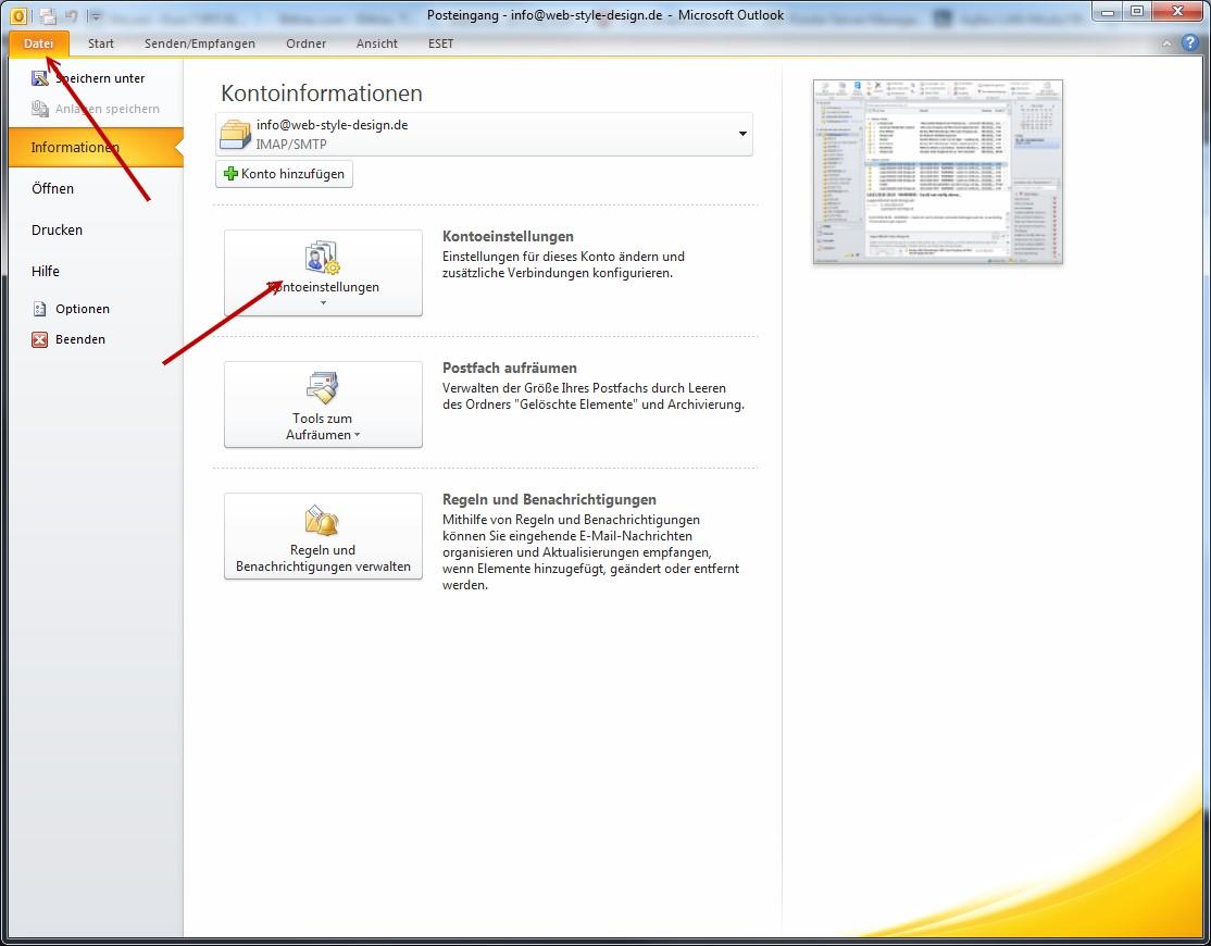 Klicken Sie um Outlook auf Datei und dann auf Kontoeinstellungen